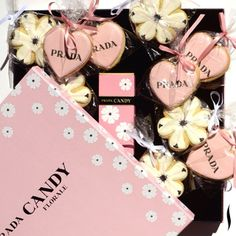 Thank you for the candy AND cookies #Prada! So sweet. #PradaCandyFlorale