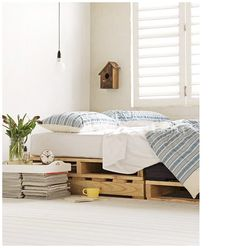 #Recycling #recycle #vintage #decorate #decor #home #interior #bed #pallet