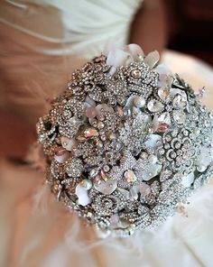 brooch bouquets, brooches, bridal bouquets, wedding bouquets, bouquet wedding, blush pink, bridal flowers, vintage inspired, broach bouquets