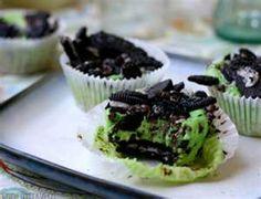 Fiona's Grashopper Cookie Cupcakes