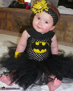 DIY Bat-Baby costume - adorable!