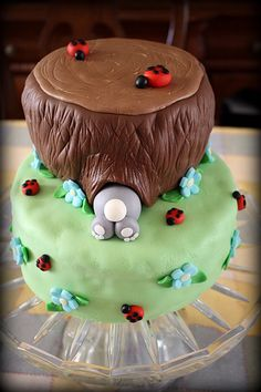 Rabbit Cake with Ladybugs. How Cute! Could be winnie the pooh themed instead
