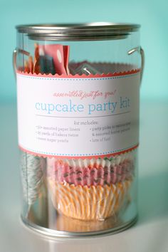 Good idea for parties or gifts - a cupcake kit.