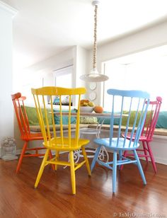 Before-and-After-Furniture-Makeover-using-Spray-Paint