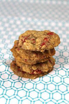 vegan oatmeal raspberry cookies