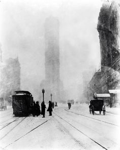 JESSIE TARBOX BEALS    Fifth Avenue at 25th Street, 1905