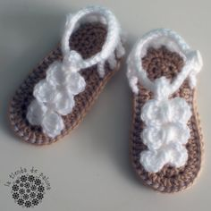 Crochet baby sandals  Baby booties  Baby shoes  Baby by palomapch, $18.00