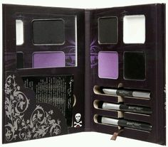 I would like this make up kit