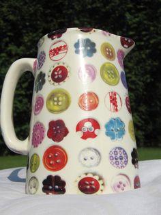 button jug