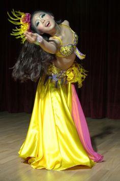 Belly dancing by Janny Dangerous
