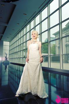 photographer: www.truelovephoto.com  published in: www.ourweddingmag.com  hair: tinaromo.com  make-up: brushworx.com  stylist: Sarah Kreutz  Models: castimages.com
