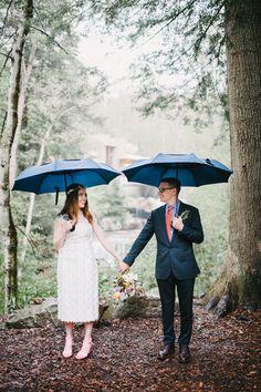 rainy day wedding portrait, photo by Veronica Varos http://ruffledblog.com/fallingwater-barn-wedding #weddingideas