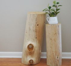 DIY Bleached Tree-Stump Tables Tutorial