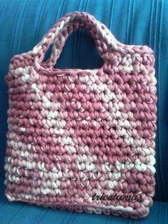 bolso de trapillo rosa
