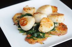 How to Buy, Clean, and Cook Scallops