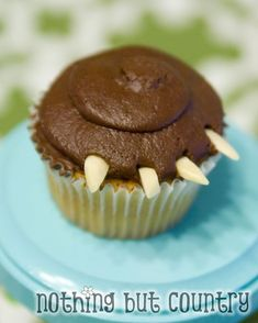 Brave Movie - Brave Party - Bear Claw Cupcake