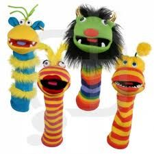 Sock puppets. idea, sock puppet diy, sock creatur, socks, diy sock puppets, puppetri, finger puppet, kid craft