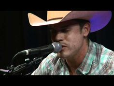 "Dustin Lynch singing ""Just The Way You Are!""  Definitely my new favorite version of this song!!"