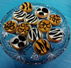 #cupcakes #tres leches #sweet 16 #party #cheetah print #zebra print #animal pr