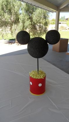 birthday parti, mickey mouse, minnie birthday, birthday breakfast, centerpiec, 1st birthday, first birthdays, parti idea, mous parti