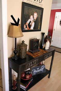 Not sure what the arrow is pointing to but this would be a great entry for our home!