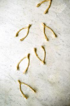 DIY Golden Wishbones for Thanksgiving!