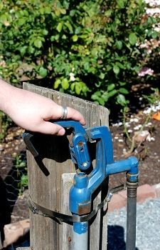 How Does a PVC Hand Pump Work? Understand the Concept and Find Water Where Others Can't