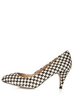 houndstooth pump by topshop and only $60 bones