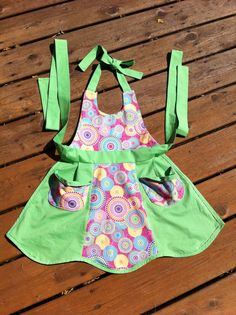 that is one cute apron!