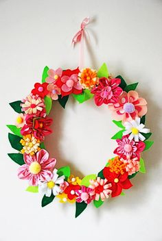 Q-made: DIY: felt flower wreath