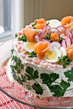 A smorgastarta (sandwich cake!)?