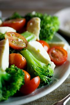 Marinated Broccoli, Tomato & Mozzarella Salad