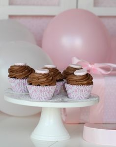 Passion 4 baking » Delicious Chocolate Cupcakes & Nutella Frosting