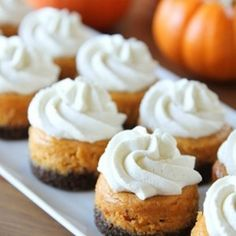 Mini Pumpkin Cheesecakes | foodraf