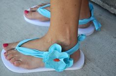 Fun flip flop craft idea. I think I need to make these!