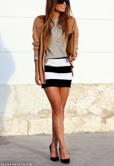 Love this outfit!  Black and white shirt, gray tee with a tan blazer with cuffed sleeves.  Gorgeous spring fashion outfit street style clothing
