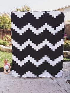 Black and White  Quilt by radandhappy on Etsy,