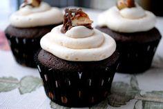 Chocolate Cupcake with Caramel Marshmallow Buttercream