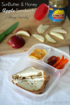 Keeley McGuire: Lunch Made Easy: SunButter & Honey Apple Sandwich #AllergyFriendly appl sandwich, school lunch, apple slices, sandwich allergyfriend, lunchbox, lunch box, honey appl