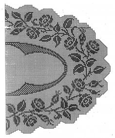 Large oval filet doily or tablecover!   :)