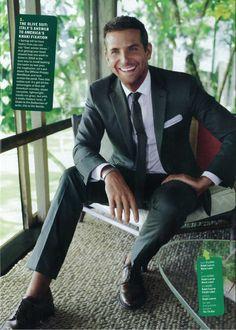 Bradley Cooper   The Tie Bar nice suit