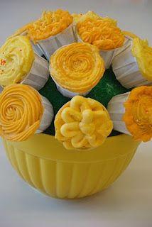 yellow cupcake bouquet