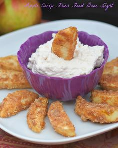 Apple Crisp Fries www.fooddonelight.com #applerecipe #appledessert #appledip #creamcheesedip #healthydessert