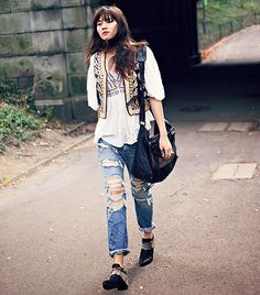Natalie Suarez of Natalie Off Duty does bohemian style the right way. #fashion
