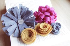 how to make 5 different felt flowers