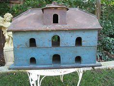 antique blue martin bird house          Love that primitive blue paint....