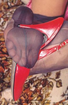 ♠️Stockings hose feet, sexi feet, pretti feet, elmer batter, pantyhos feet, hosieri depart
