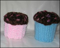 Cupcake containers - made around a clean yogurt container
