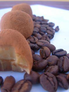 Brigadeiros de cafe