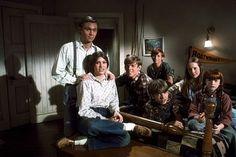 """Waltons, The"" Richard Thomas (John, Jr., ""John Boy""), Judy Norton Taylor (Mary Ellen), Jon Walmsley (Jason), David Harper (James Robert, ""Jim Bob""), Eric Scott (Ben), Mary Beth McDonnough (Erin), Kami Cotlrer (Elizabeth), 1975 CBS (Waltons, 1971-1979)"